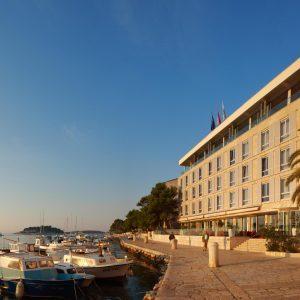 Hotel Adriana