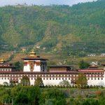 Bhutan custom tours to Tashichho Dzong